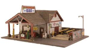 Woodland Scenics BR5849 O Built-&-Ready Ethyl's Gas & Service Building