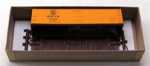 Accurail 48311 HO DMIR WOOD REEFER