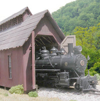 B.T.S 17450 On3 McCabe's Engine House Craftsman Building Kit