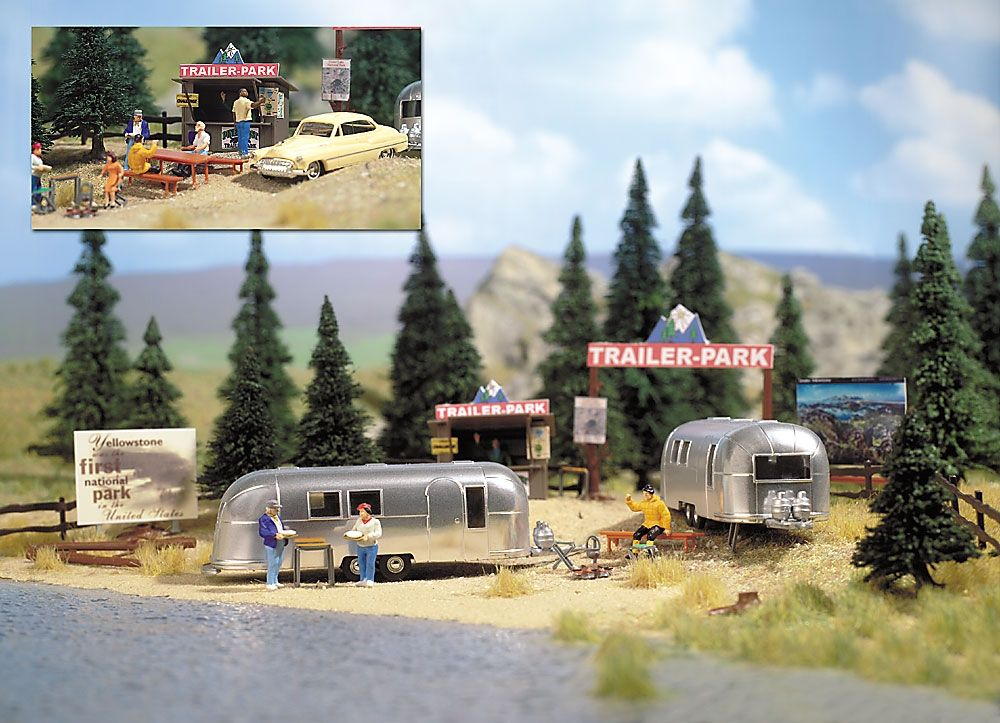 Busch 1054 HO Camping Trailer Park Scene with Airstream Trailers