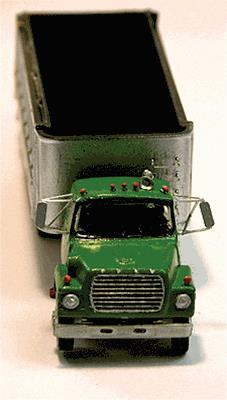 Alloy Forms 7022 HO 1969 Ford LTS Truck With 20 ft Dump Body Kit