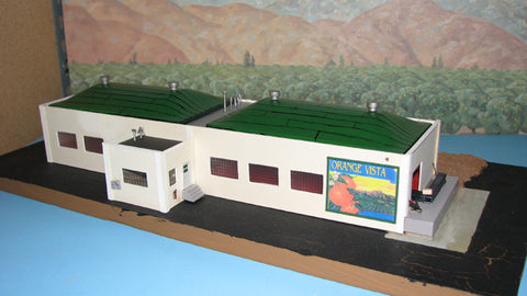 Alpine Division Scale Models 700-8407 Orange Vista Pckng House