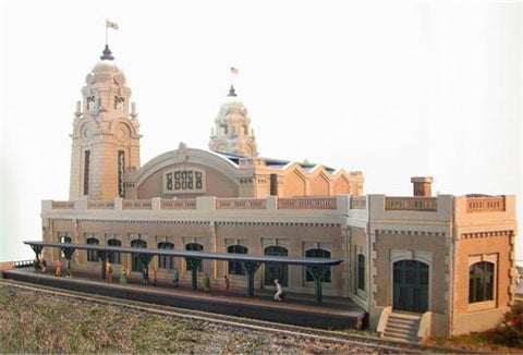 The N Scale Architect 10020 N Worcester Union Station Building Kit