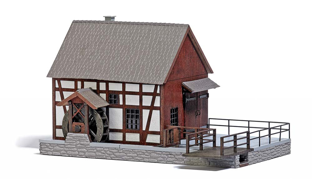 Busch 1576 Half-Timbered Watermill