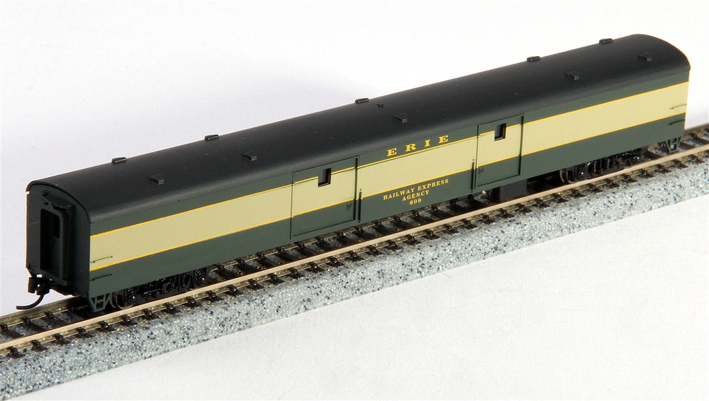 Con-Cor 40348 85' Smooth-Side Full Baggage - Ready to Run w/Micro-Trains(R) Couplers