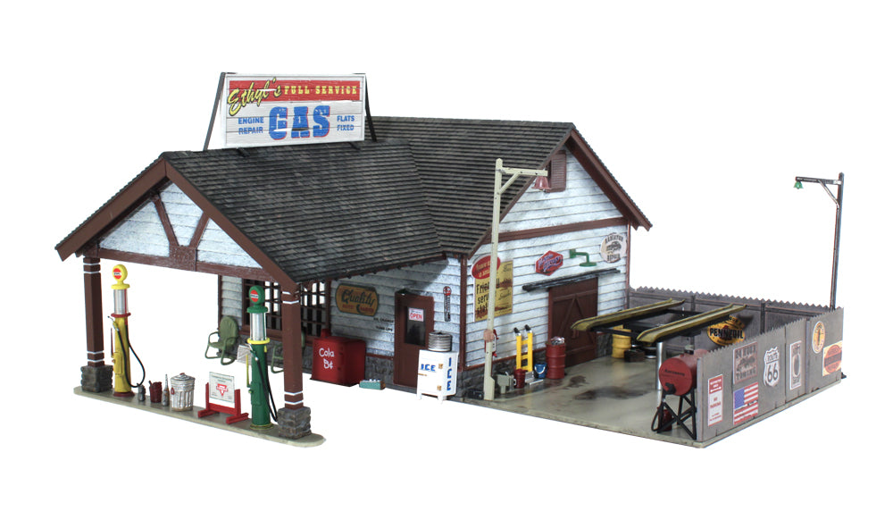Woodland Scenics BR4935 N Built-&-Ready Ethyl's Gas & Service Building