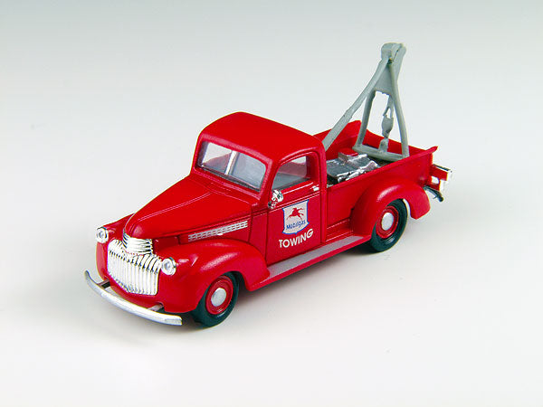 Classic Metal Works 30394 HO Mobil Service 1941-1946 Chevrolet Wrecker/Tow Truck