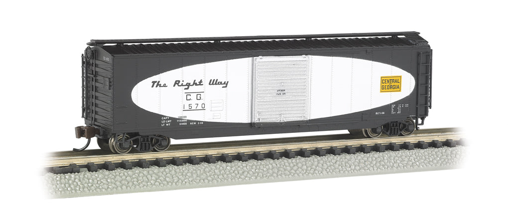 Bachmann 19451 N Central of Georgia 50' Sliding-Door Boxcar w/Roofwalk #1570