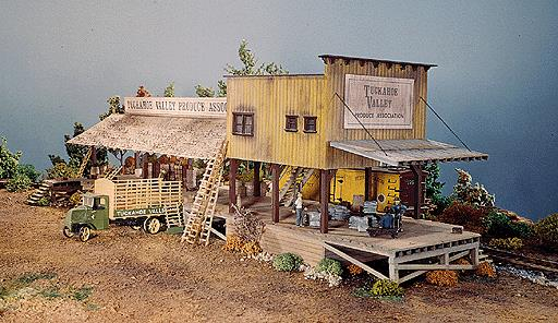 Campbell Scale Models 379 HO Produce Shed