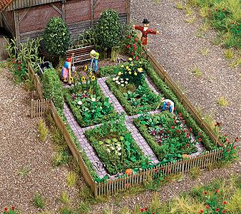 Busch 1254 Farm Garden w/Accessories