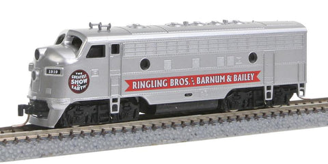 MicroTrains 98001522 Z Ringling Bros. and Barnum & Bailey EMD F7A - Standard DC #1907