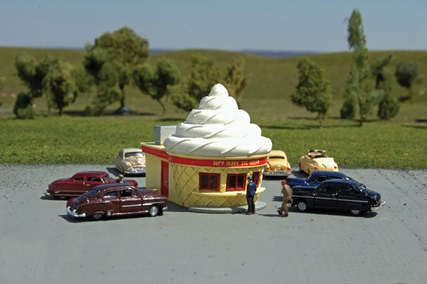 Bachmann 35253 N Ice Cream Stand (Assembled)