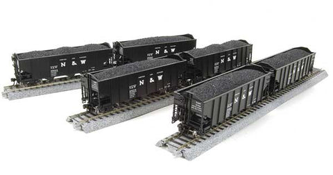 Broadway Limited 3110 N Norfolk & Western Class H2A 3-Bay Hopper (6)