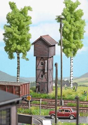 Busch 1427 Half-Timber & Wood Water Tower