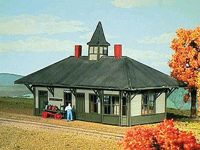 American Model Builders 804 HO Sandy River & Rangeley Lakes Strong Depot Kit - 6 x 3 x 5 15 x 7.5
