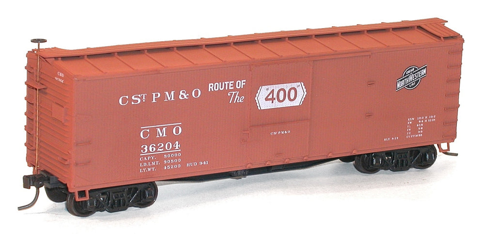 Accurail 1221 HO KIT 40' Wood Outside Braced Box, C&NW (2)