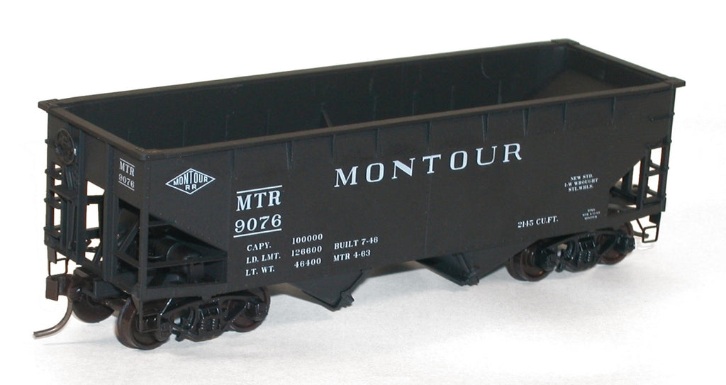 Accurail 7728 HO KIT Offset-side Twin Hopper, Montour