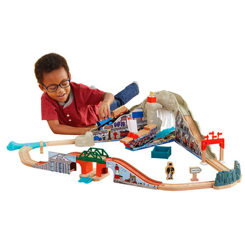 Fisher Price CDK57 Thomas & Friends™ Wooden Railway Pirate Cove Discovery Set