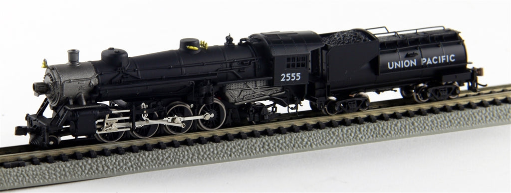 MRC 875921 N Union Pacific USRA Mikado 2-8-2 with Vanderbilt Coal Tender #2555