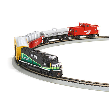Athearn 29310 HO Norfolk Southern Eco GP50 Iron Horse Train Set