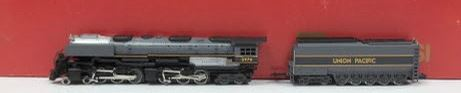 Rivarossi 3702 N Union Pacific 4-6-6-4 Challenger Steam Locomotive and Tender