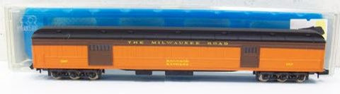 Rivarossi 9557 N Milwaukee Road Baggage Car #1307