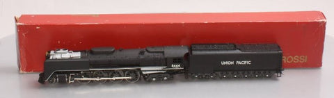 Rivarossi 1528-1 HO Union Pacific 4-8-4 FEF Steam Locomotive and Tender #8444