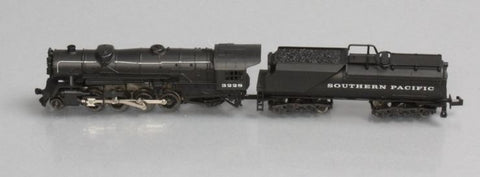 Rivarossi 5519003 N Southern Pacific 2-8-2 Mikado Steam Locomotive and Tender