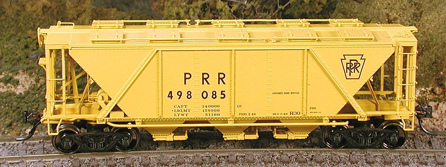Bowser 41071 HO Pennsylvania Railroad Class X31a Turtle-Roof Double-Door Boxcar #81305