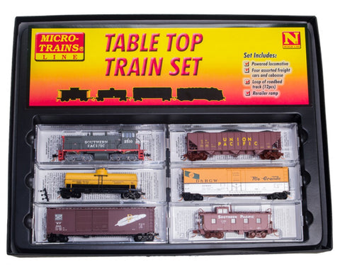 MicroTrains 99303330 N Southern Pacific - SW1500 TT Train Set