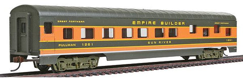 "Con-Cor 983 HO Great Northern ""Empire Builder"" 72' Smooth-Side Sleeper Car"