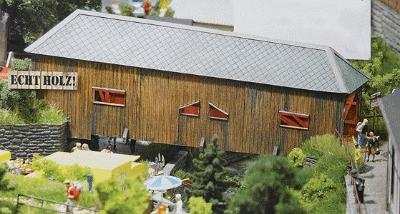 Busch 1420 Covered Bridge - Kit