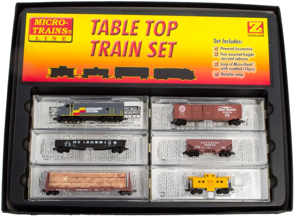 MicroTrains 99403920 Z Seaboard System F7 Set with Track