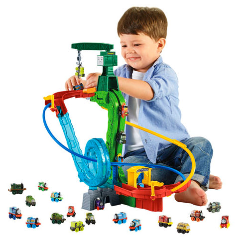 Fisher Price CGM19 Thomas & Friends™ Wooden Railway Minis Motorized Madness Set