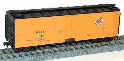 Accurail 8318 HO 40' Steel Refrigerator Cars - Chicago Great Western (URTX) #11639