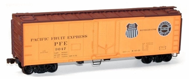 Accurail 85041 HO 40' Steel Reefer w/Plug Doors - Kit -- Pacific Fruit Express