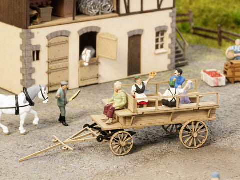 Noch 14244 HO Horse-Drawn Passenger Wagon Kit