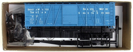 Accurail 4326 HO Southern Pacific 40' Single Sheath Wood Box Car Kit, Shasta Water #27318