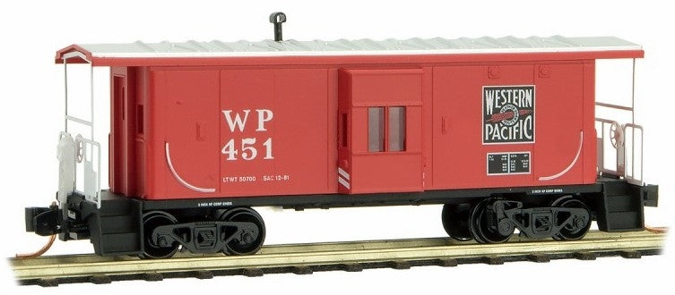 MicroTrains 13000190 N Western Pacific 31' Bay Window Caboose #451