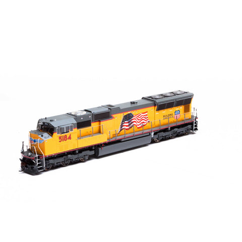 Athearn G69241 HO Union Pacific SD70M Diesel Locomotive #5184 (Flag)