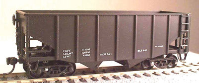 Bowser 10100 HO Undecorated 55 Ton Fishbelly Hopper Car Kit
