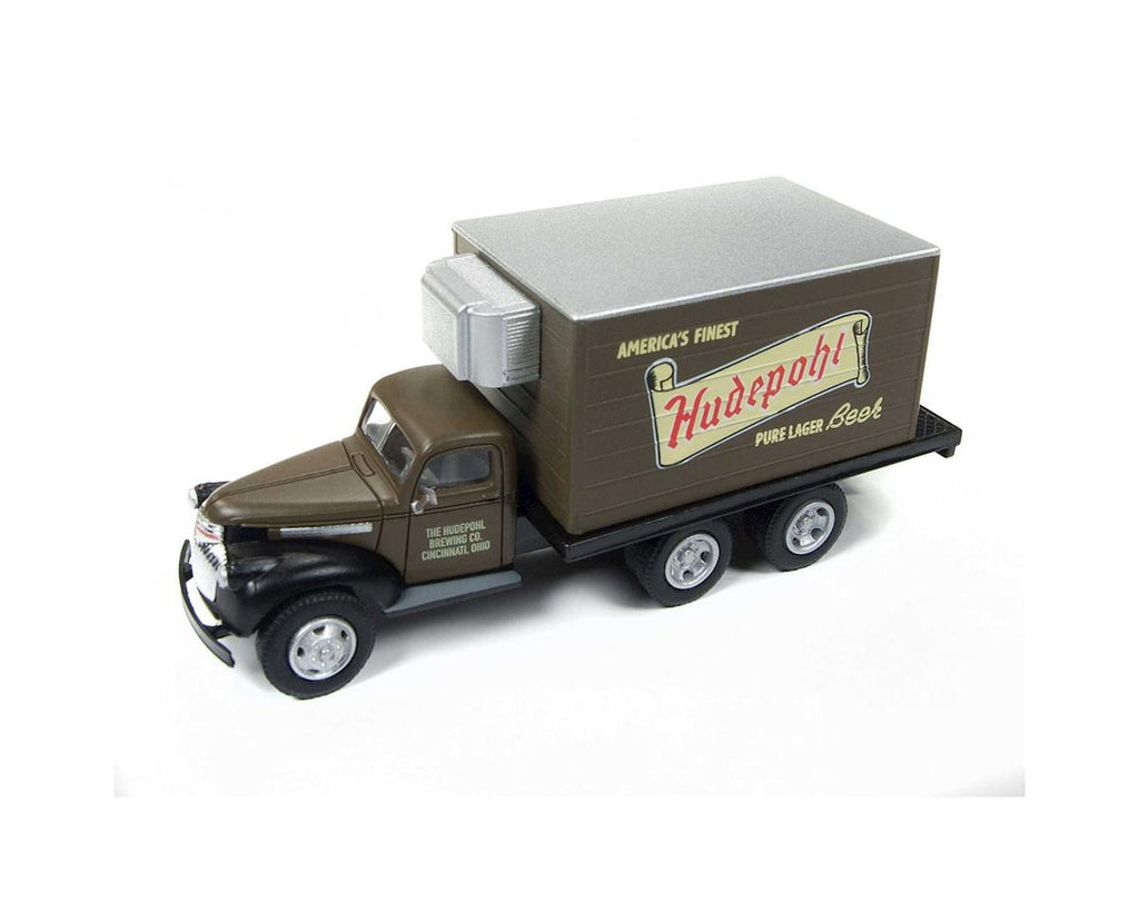 Classic Metal Works 30506 HO Hudepohl Beer Chevy Reefer Box Truck 1941-1946
