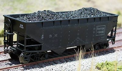 Motrak Models 81300 HO Coal Loads for Atlas 2-Bay Hopper (2)