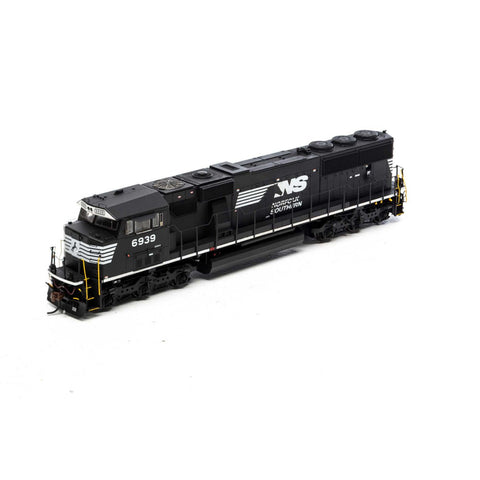 Athearn G65252 HO Norfolk Southern SD60E with DCC & Sound #6939