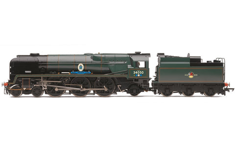 Hornby R3618 OO BR Rebuilt Battle of Britain Class 4-6-2 Royal Observer Corps