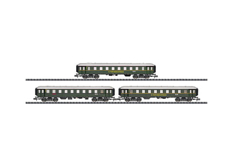 "Trix 15758 N ""DER Holidays Express"" - Set 1 with 3 Cars"