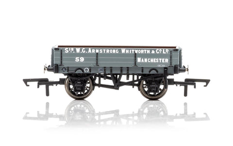 Hornby R6859 OO Armstrong Whitworth Era 3 3-Plank Wagon