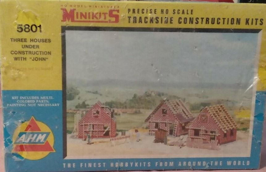 A.H.M. 5801 N 3 Houses Under Construction Building Kit