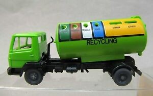 Wiking 20643 HO Recycling Container Vehicle