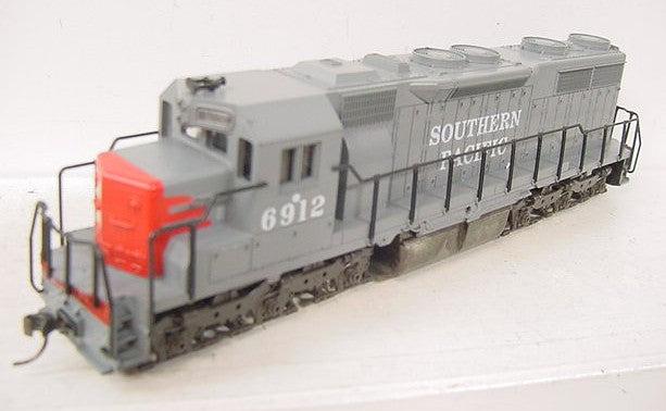 Atlas 6912 Southern Pacific SD35 Diesel Engine #6912